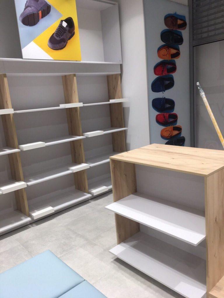 Торговое оборудование для магазина Sezon